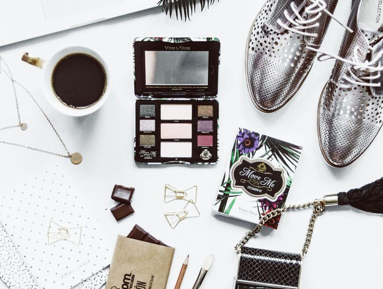 How to Master Flatlays for Instagram – 8 Steps from Composition to Editing